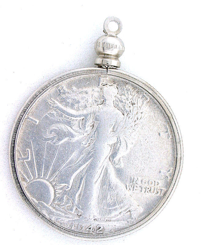 1942 D SILVER 50 CENT WALKING LIBERTY HALF DOLLAR IN
