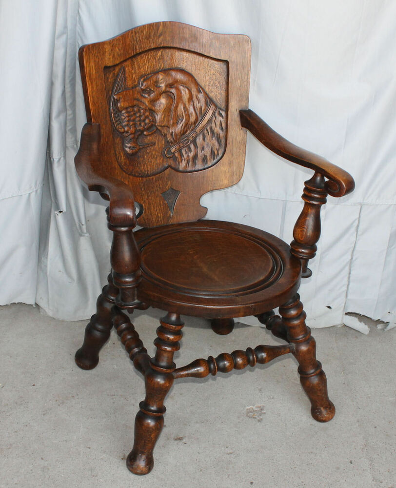 Antique Oak Chair Carved Back Of Hunting Retriever Dog