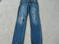 JUST USA JEANS SIZE 1 SEXY DESTROYED STRAIGHT LEG STYLE