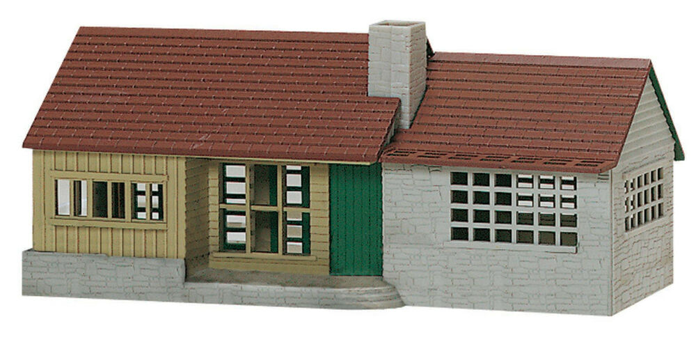 K line by lionel suburban ranch house o gauge building kit for Ranch home kits