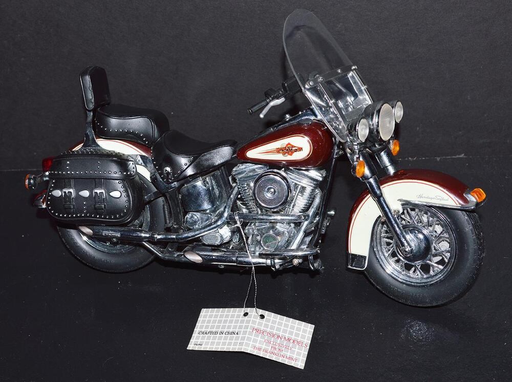 franklin mint 1 10 die cast bike harley davidson heritage. Black Bedroom Furniture Sets. Home Design Ideas
