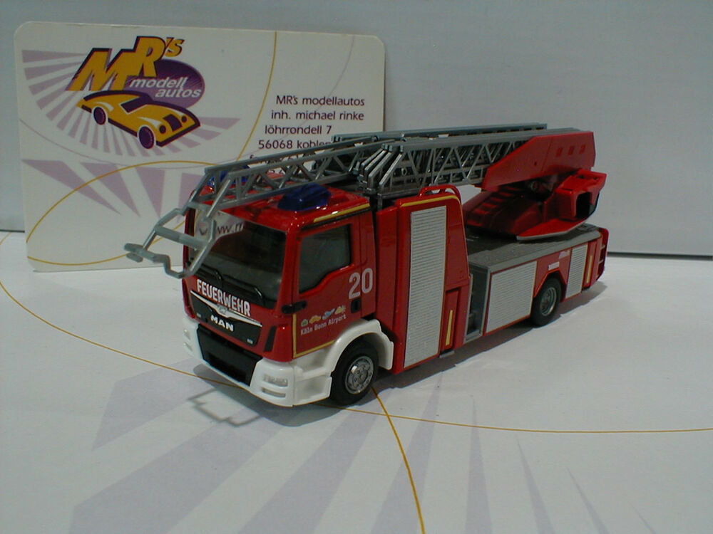 herpa 092272 man tgm metz drehleiter l32 flughafen feuerwehr k ln bonn 1 87 ebay. Black Bedroom Furniture Sets. Home Design Ideas