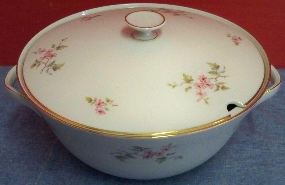 vintage hutschenreuther selb porcelain china bavaria germany soup tureen lid ebay. Black Bedroom Furniture Sets. Home Design Ideas