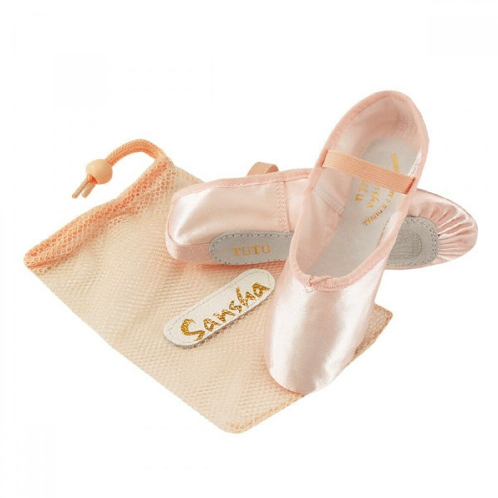 Dancing on air won't be a problem with girls' dance shoes from makeshop-mdrcky9h.ga, specialized for various dance styles and necessities. Available in infant, toddler, and little kid and big kid sizes, dance shoes for girls can help get those feet moving and toes pointing.
