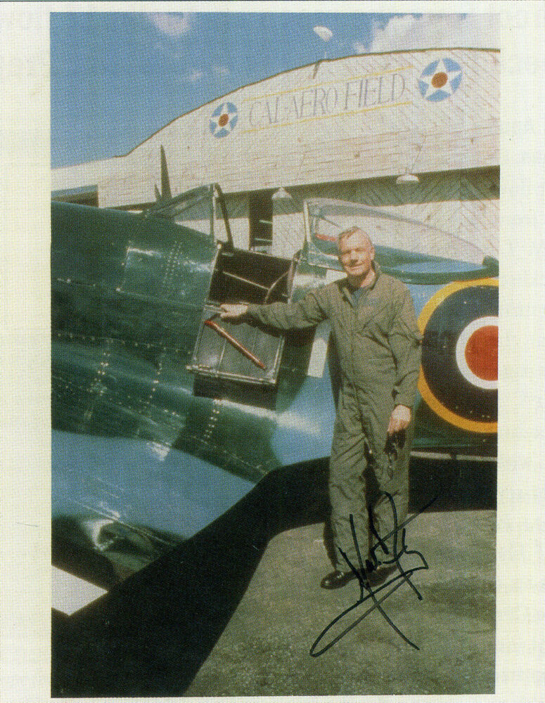 was neil armstrong left handed - photo #25