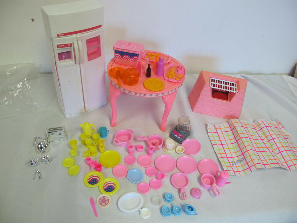 Barbie Vintage Furniture Sweet Roses Table Refrigerator