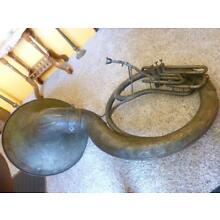 LARGE VERY OLD Sousaphone IS Brass used years ago needs refurbishing
