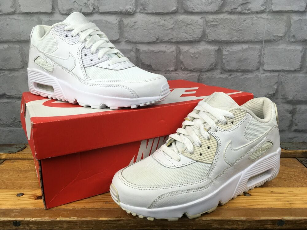 62596ef0fe77 Details zu NIKE AIR MAX 90 WHITE LEATHER TRAINERS BOYS GIRLS CHILDRENS  YOUTH LADIES