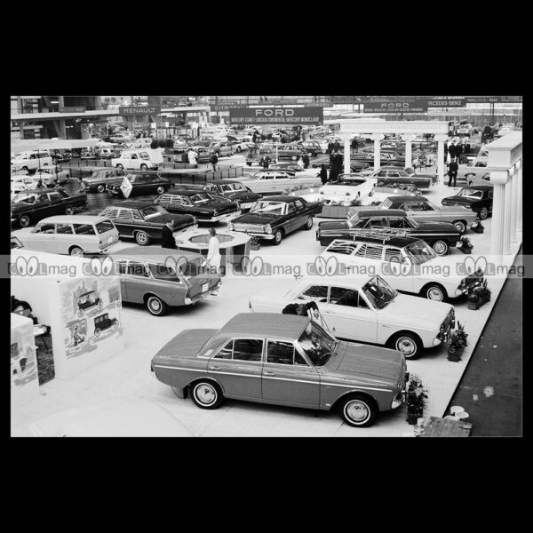 #pha.018710 Photo STAND FORD 1965 AMSTERDAM SHOW Car Auto