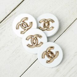 Kyпить Chanel Buttons 4pc 21 mm CC White ???? Vintage Style Unstamped 4 Buttons AUTH!! на еВаy.соm