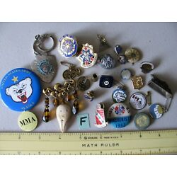 ESTATE FIND JUNK DRAWER LOT (#F) PINS, BUTTONS, MILITARY, VINTAGE, ECT. ~NICE~
