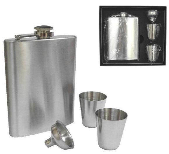 how to wear a hip flask