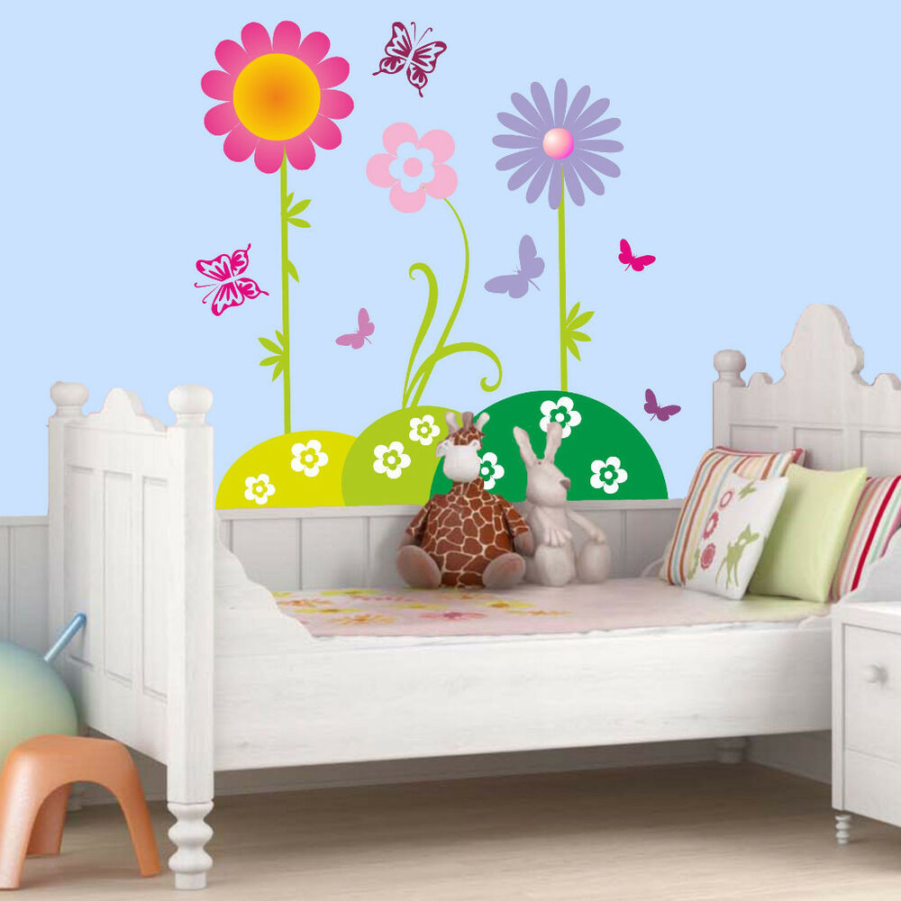 wandtattoo blumenwiese mit schmetterlingen kinderzimmer. Black Bedroom Furniture Sets. Home Design Ideas