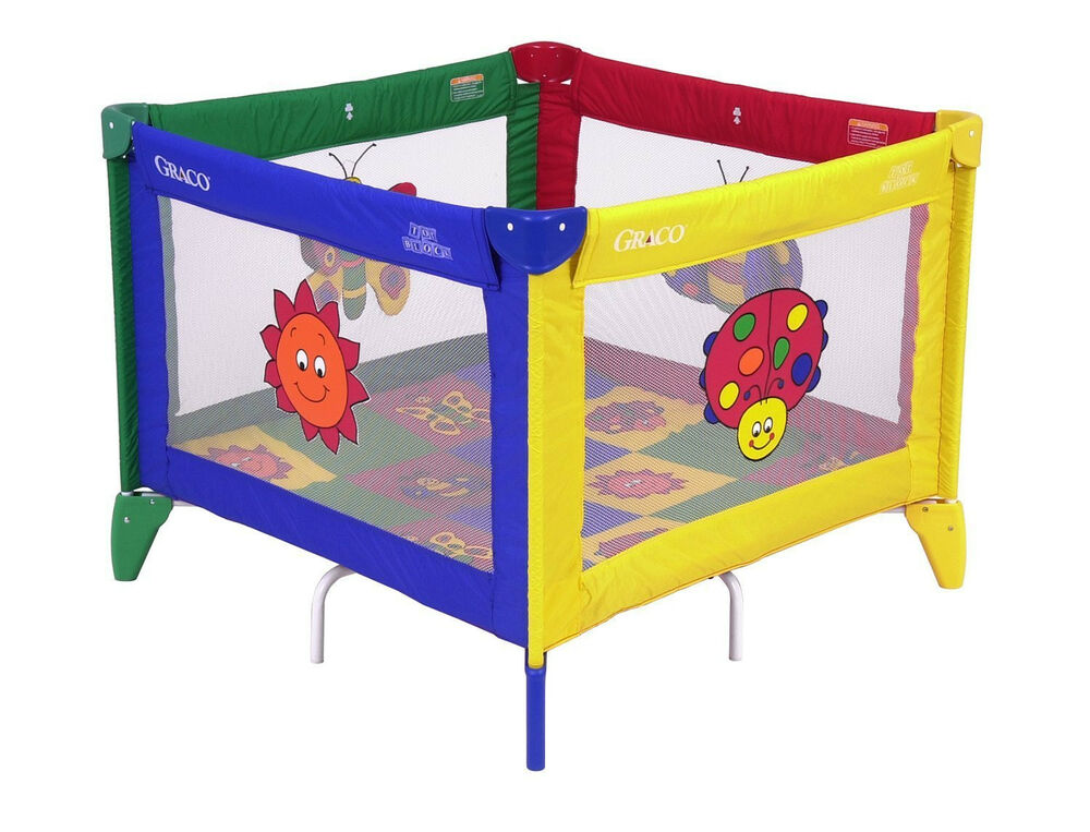 Graco Pack N Play Portable Playard Bugs Quilt Yard Pen