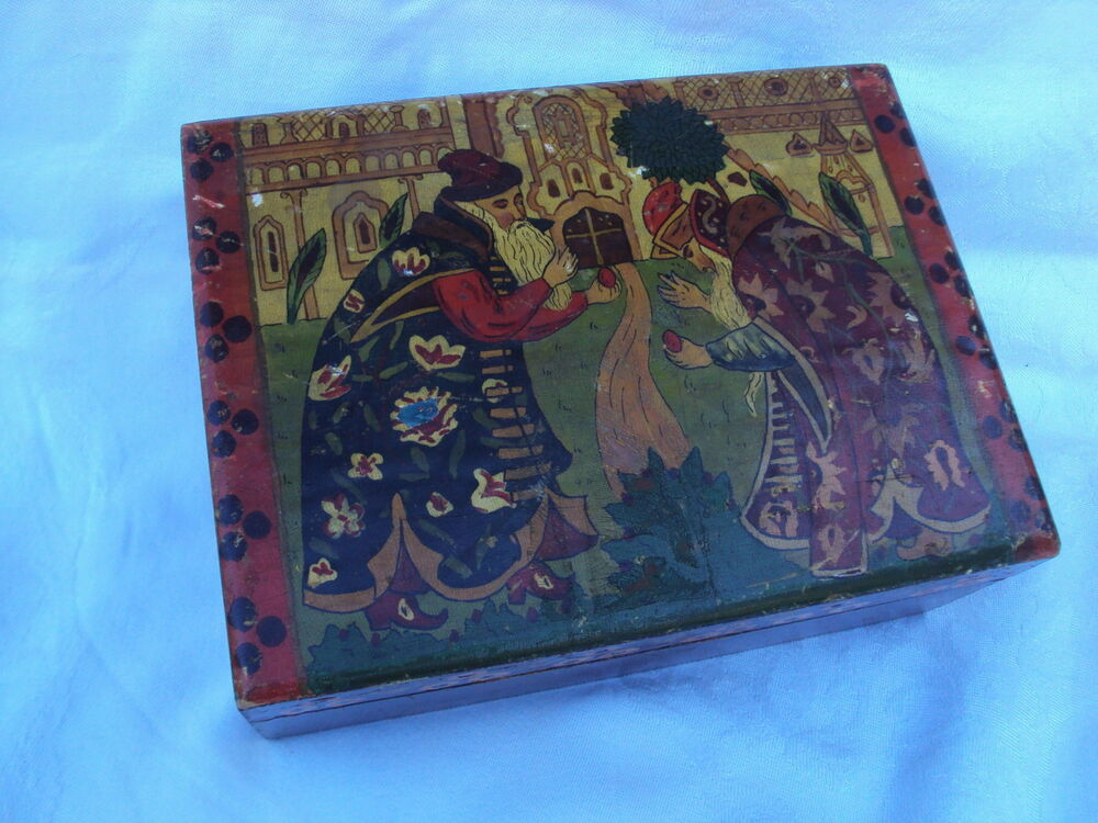Antique HAND PAINTED Russian WOODEN Hinged BOX Jewelry