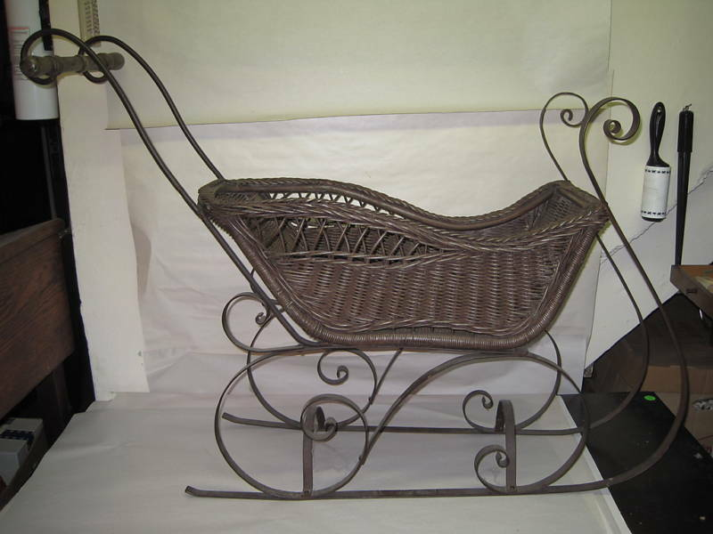 For the Vintage decorative metal carriage rather