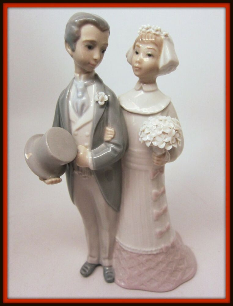figurine wedding cake toppers lladro wedding 4808 figurine cake topper groom 4062