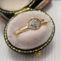 A Beautiful Art Deco Solitaire Diamond Ring set in 18ct & Plat