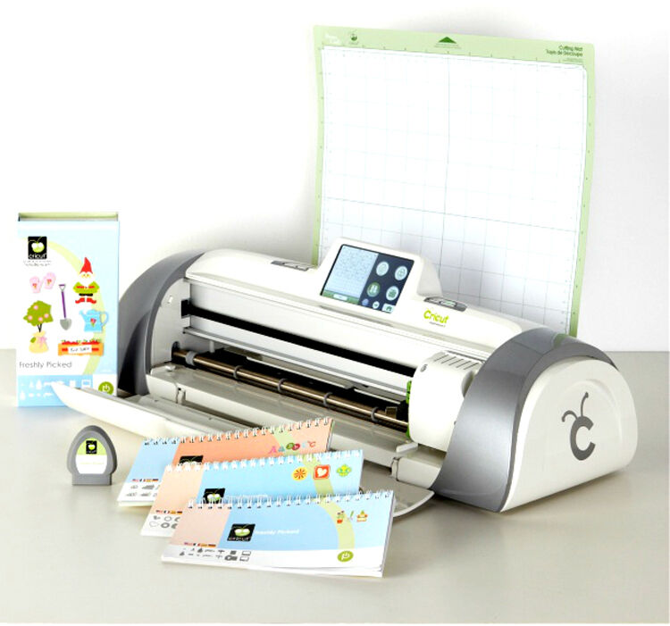 cricut expression 2 machine with 3 cartridges 50 craft