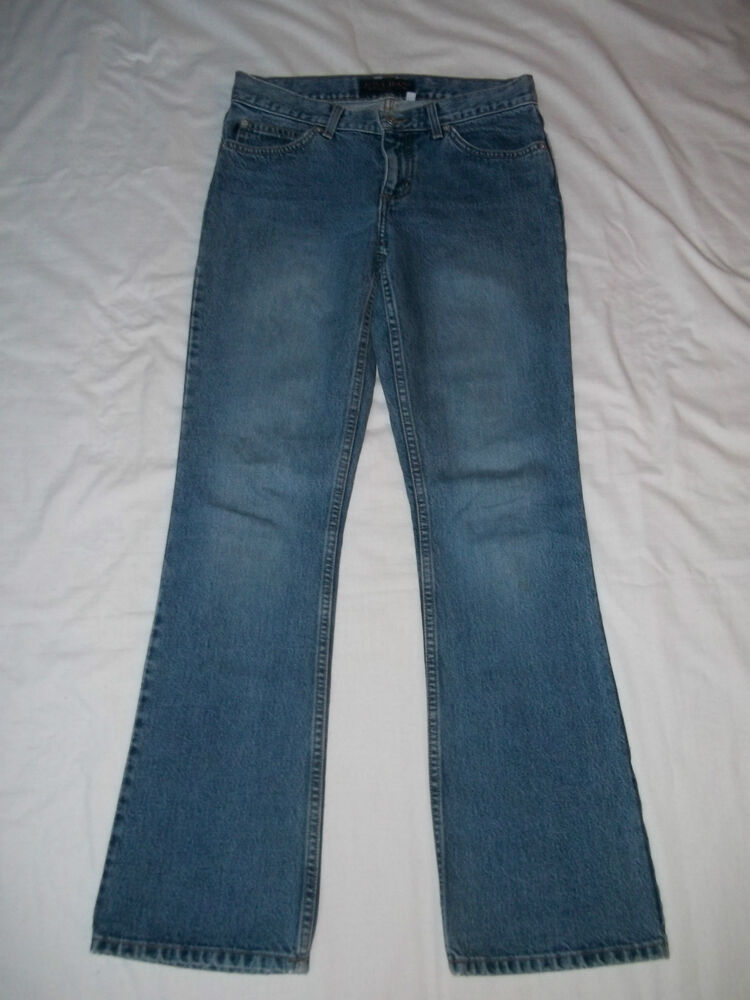 Generally it is the higher-end, designer or premium brand jeans that use the alternate sizing, e.g. 28, 29, For many Jeans company's specific size charts please see: Jeans Size Charts. For great information to help you determine your correct size see, How To Measure Yourself For Jeans.