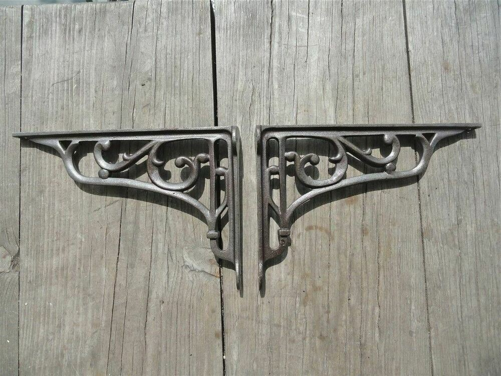 PAIR OF CAST IRON EDWARDIAN SCROLL BRACKETS SHELF BRACKETS