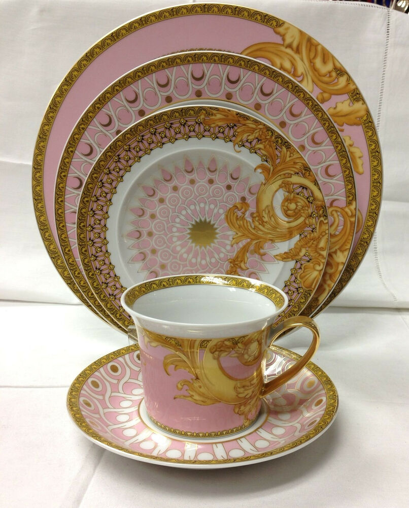 "VERSACE ""BYZANTINE DREAMS"" 5 PIECE PLACE SETTING PORCELAIN"