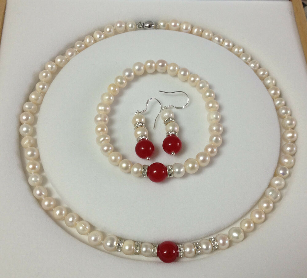 Pearl Necklace Akoya: 7-8MM White Akoya Cultured Pearl/Red Jade Bracelets