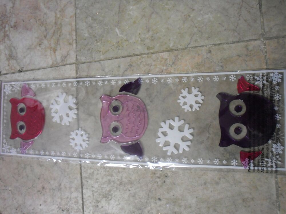 New merry christmas window gel clings owl snow flake for Decoration noel fenetre gel