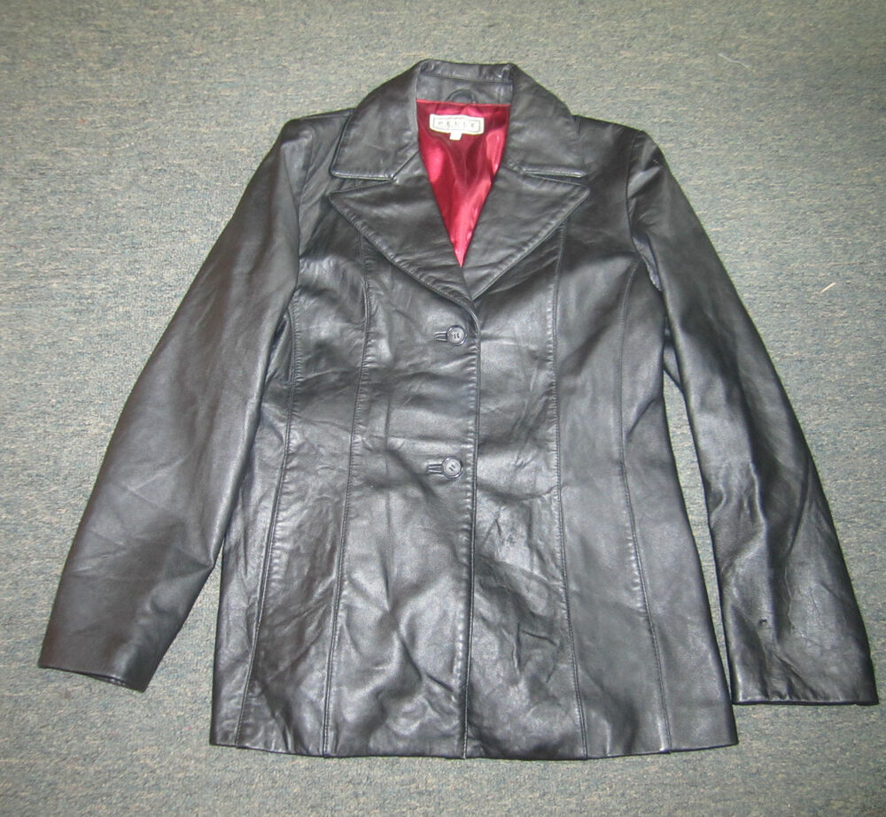 Wilson Leather Pelle Studio Black Leather Jacket For Women With Thinsulate Ultra Insulation. In Good Condition. Have Stains On The Underarms Inside Only.