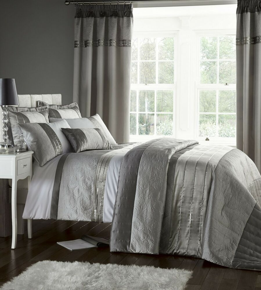 Silver Grey Luxury Duvet Quilt Cover Bedding Bed Set Or