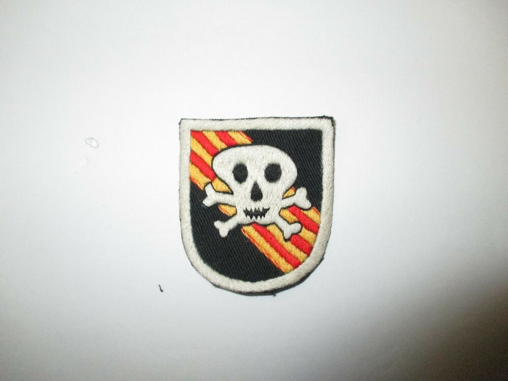 B3654 us army vietnam 5th sf special forces group beret flash large