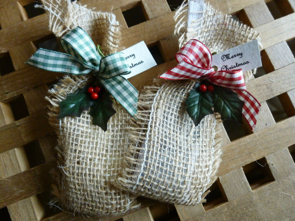 Country style rustic style christmas table decorations for Country style christmas decorations