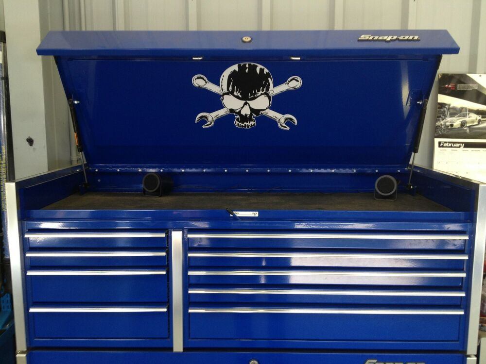 Skull And Cross Wrenches Decal For Top Box Lid Snap On