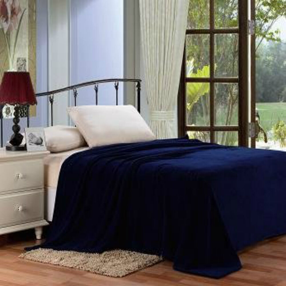 Solid navy blue blanket bedding throw fleece king super for Soft blankets and throws