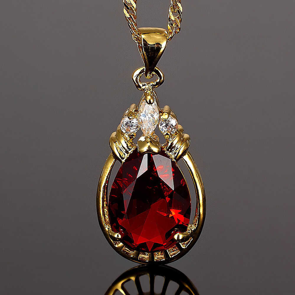 xmas pear cut red ruby gold tone pendant necklace lady. Black Bedroom Furniture Sets. Home Design Ideas
