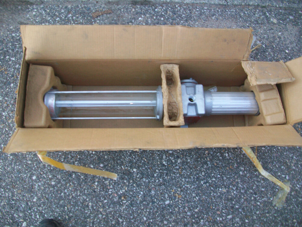 Crouse Hinds Explosion Proof Marine Saltwater Light