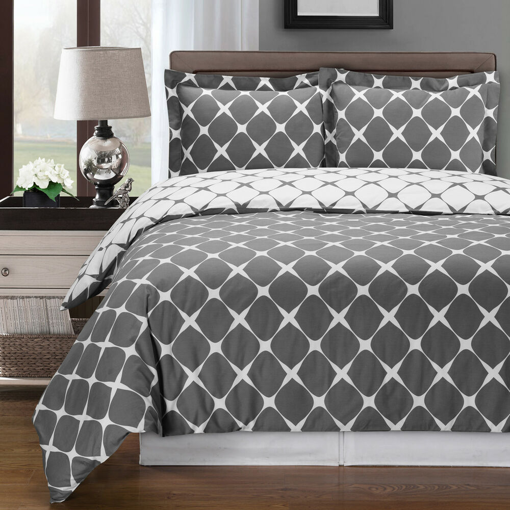 Bloomingdale 100 Cotton Reversible Duvet Cover Set 300
