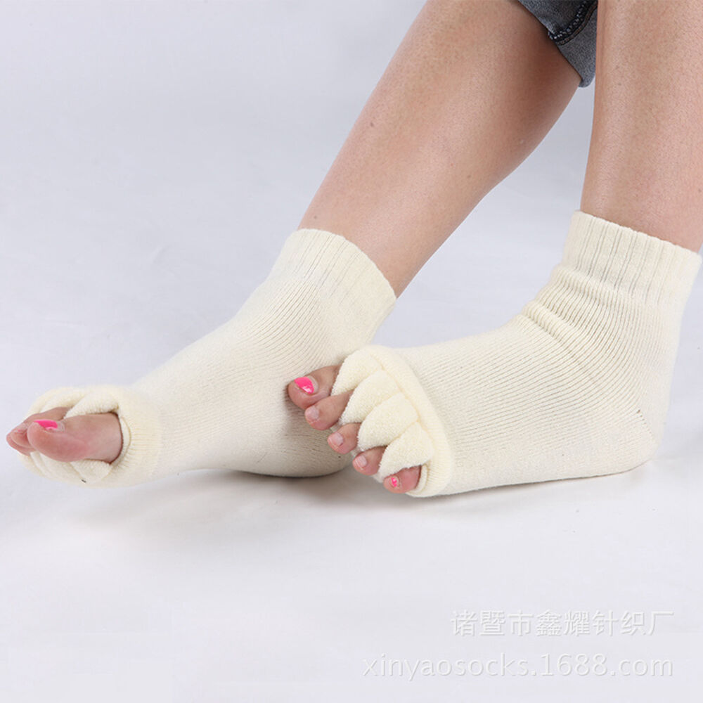 Open Toe Shoes With Socks