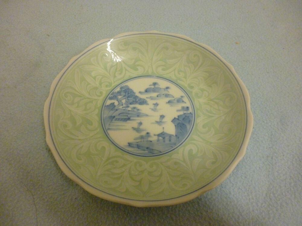 Beautiful Hand Painted Blue And White Celadon Japanese ...