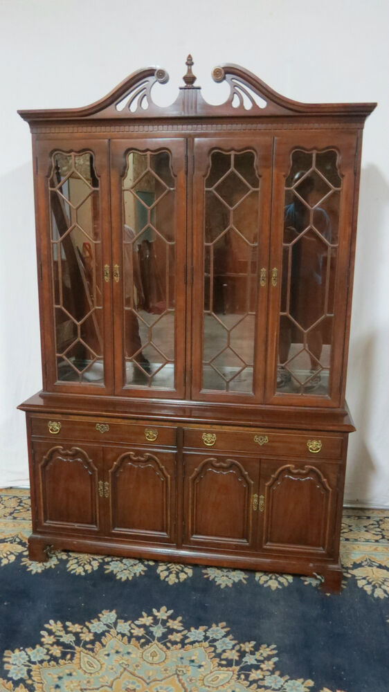 thomasville china cabinet breakfront mahogany dining room