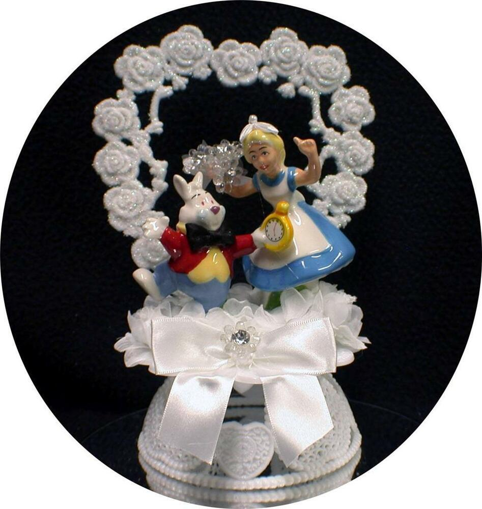 alice in wonderland wedding cake toppers quot its time quot rabbit in wedding cake 10671