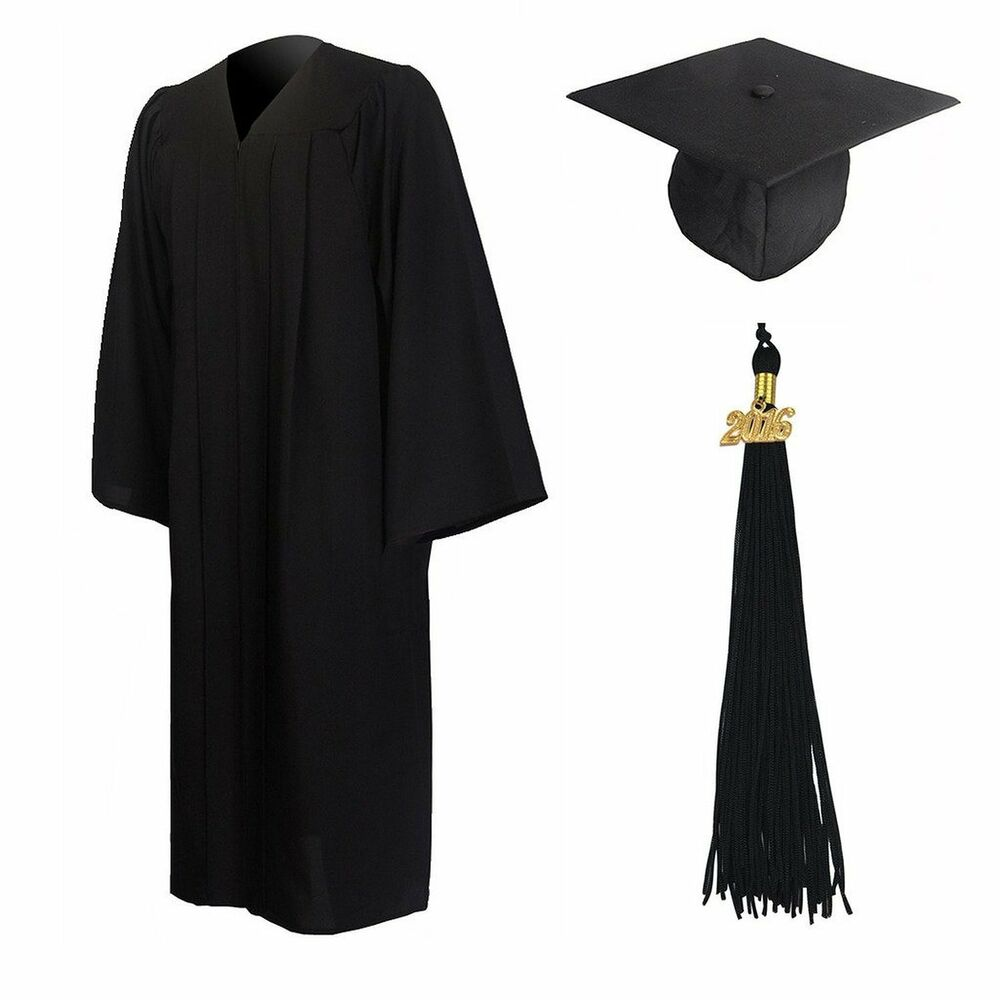 how to wear graduation cap and gown