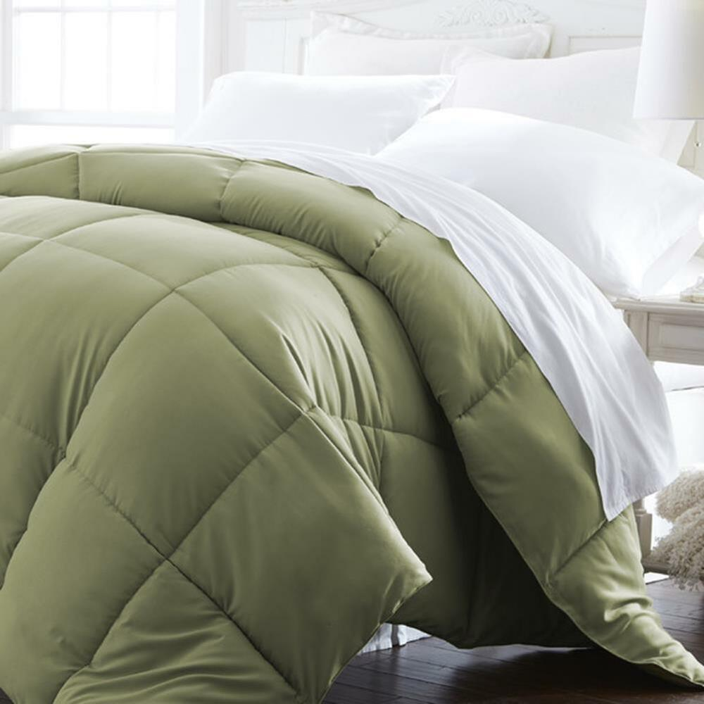 Super Plush Down Alternative Comforter Microfiber Sage