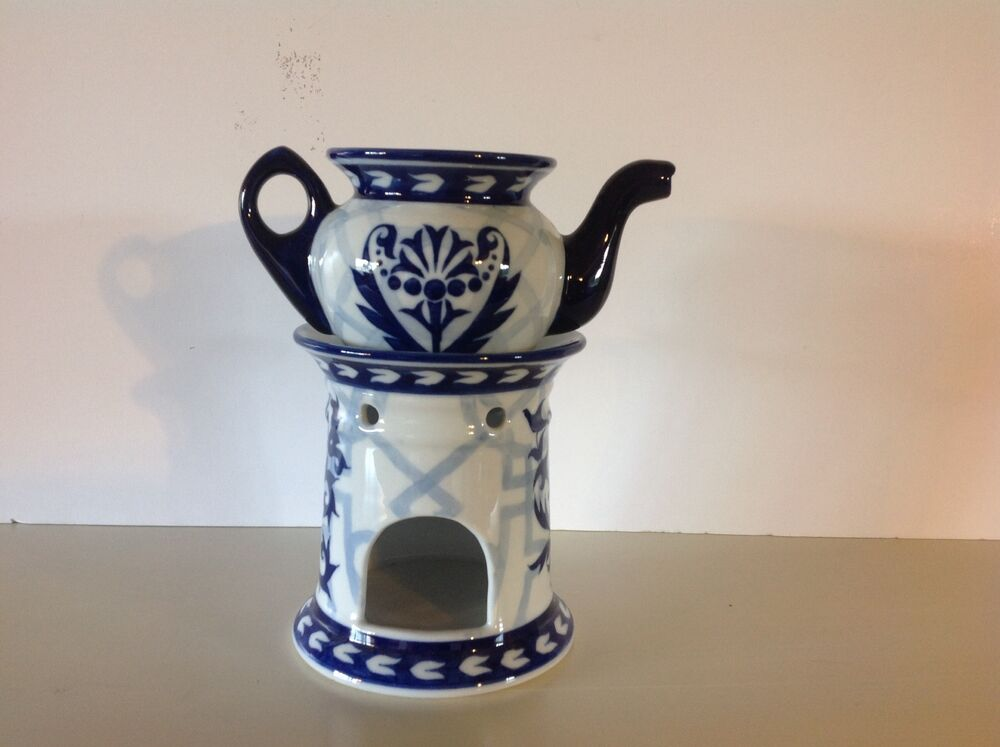 Bombay Teapot With Warmer Stand Blue Amp White No Lid Ebay