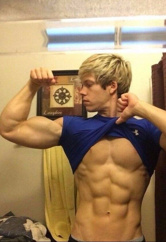 blonde muscular guy naked
