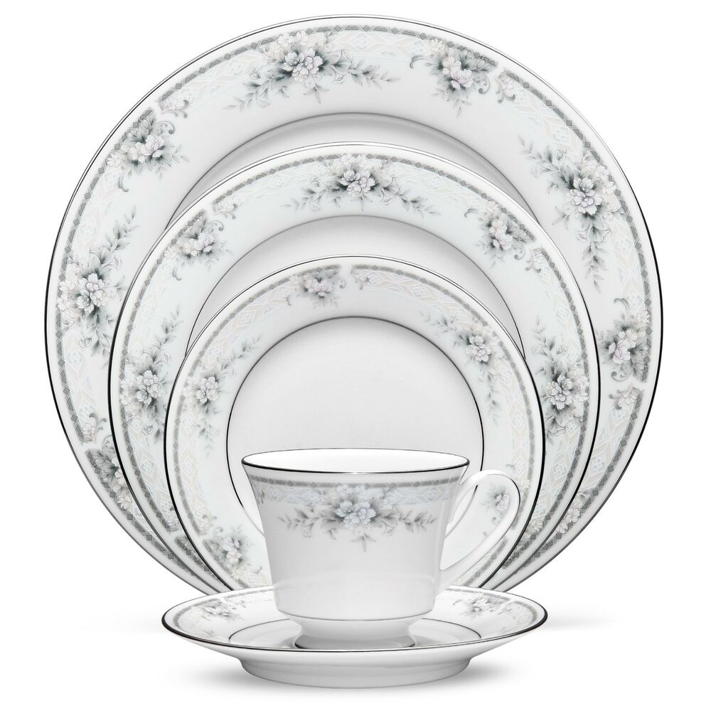 dinnerware sets for 12 noritake china sweet leilani 60pc china set service for 12224