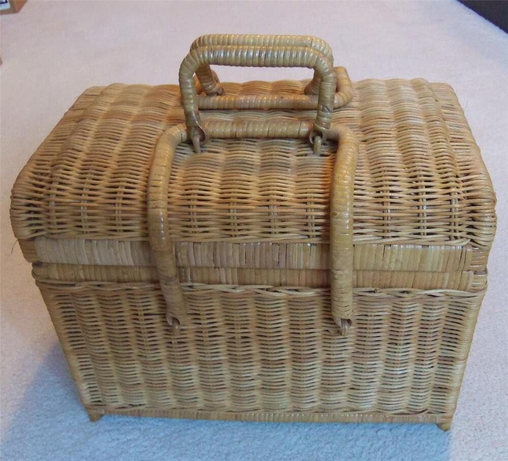 Wicker Baskets With Handles And Lid : Wicker picnic basket sewing with legs lid
