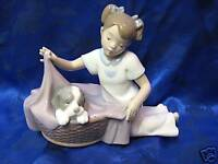 IT'S TIME TO SLEEP FEMALE GIRL PUPPY DOG PORCELAIN FIGURINE NAO BY LLADRO 1417
