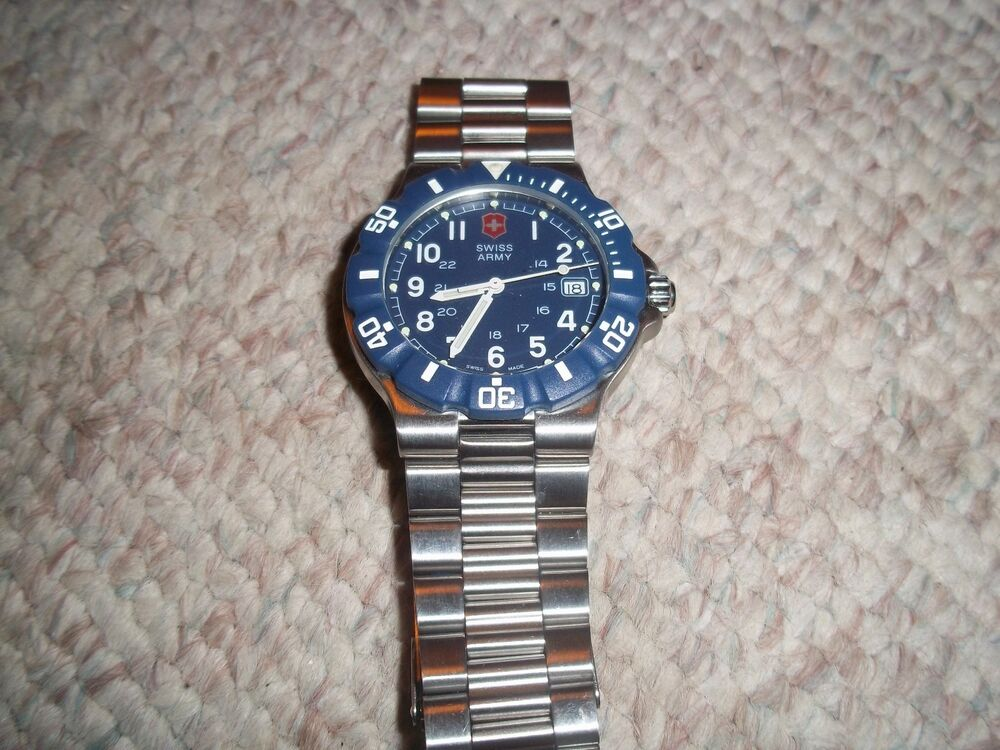 Vintage Swiss Army Unisex Watch 24006 blue face stainless ...