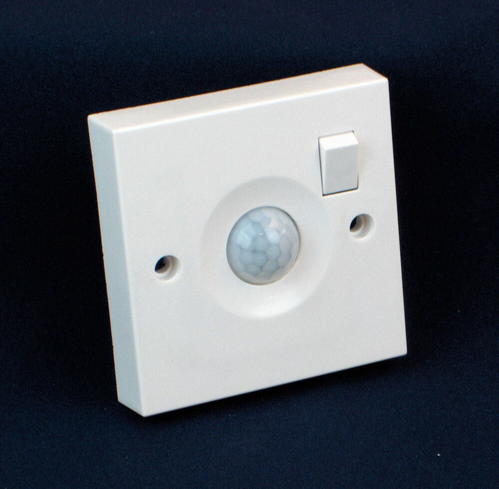 Single Gang Switched Pir Sensor Mains Light Socket Switch